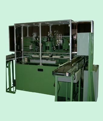 バキューム及び窒素充填シーマー クリーニング装置 製品案内 バキューム及び窒素充填シーマー 本機
